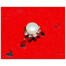 Single White Pearl Silver Ring